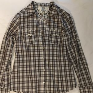 SUPER CUTE PLAID SHIRT BY MNG BY MANGO SIZE 8